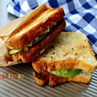 Apple Gouda Grilled Cheese.