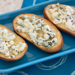 Honey & Gorgonzola Crostini Recipe