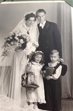 Photo: Hochzeit. Hier war der Sohn Gunter (mein Papi) schon geboren, 1953
