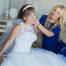 Wedding photographer Darya Obukhova (Daryaesc). Photo of 25.11.2015