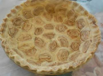 Cinnamon Bun Pie Crust