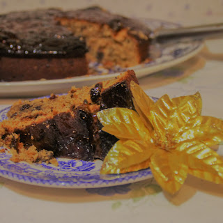 All Gone Cake – An Easy, Boozy Fruit Cake.