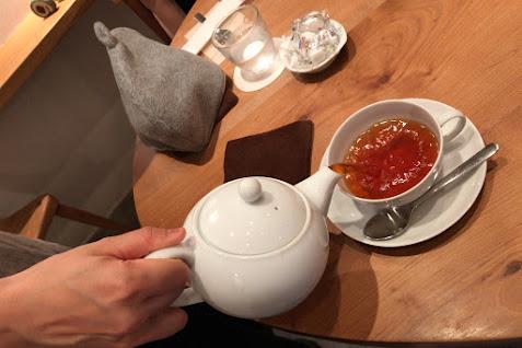 世界のお茶が味わえる。。。