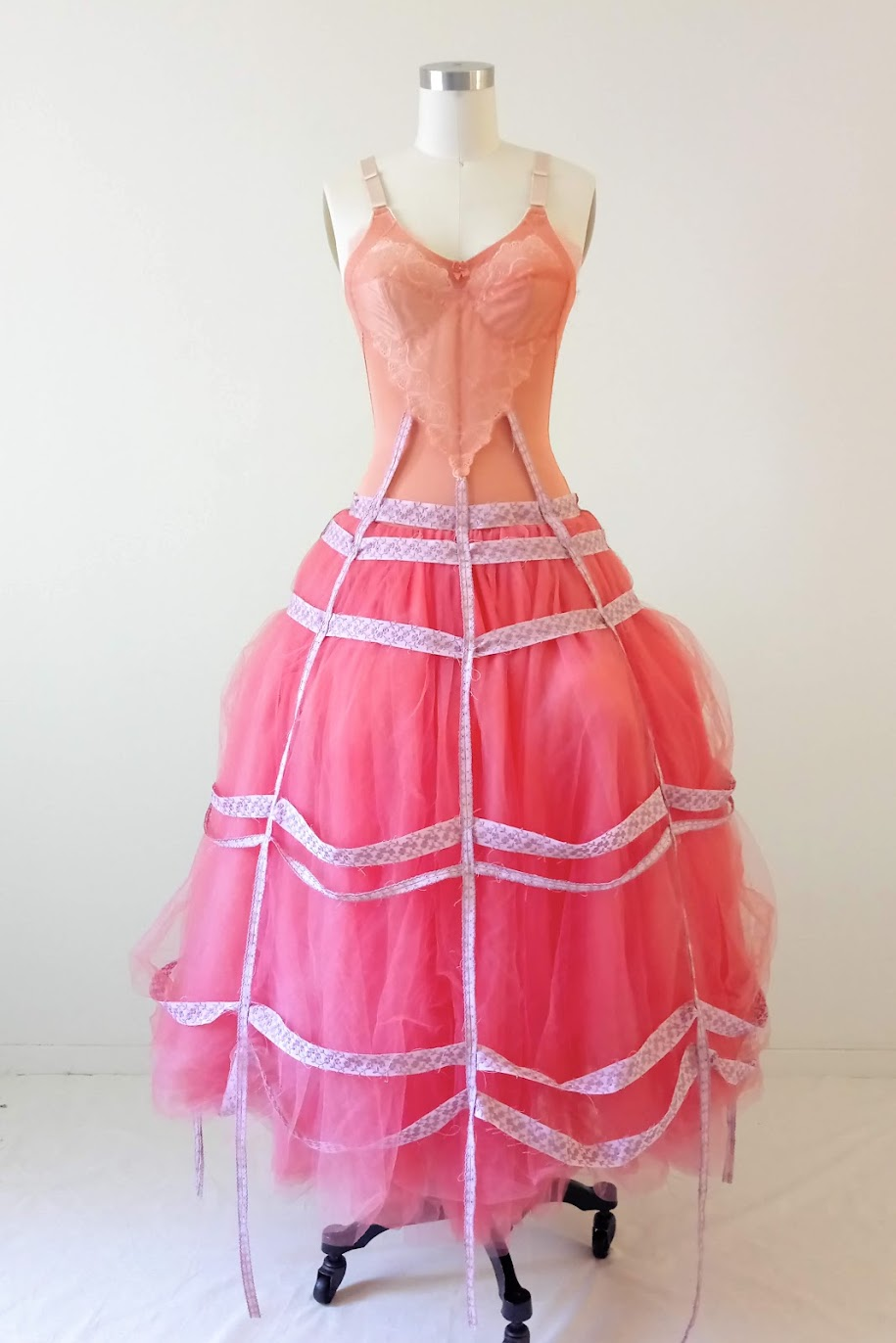 Result: Bubblegum Dreaming Cage Dress - DIY Fashion Garment | fafafoom.com