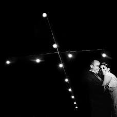 Wedding photographer Marcell Compan (marcellcompan). Photo of 13.04.2018
