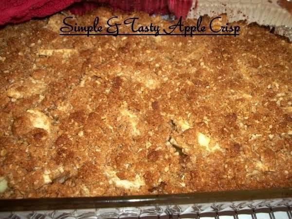 Simple & Tasty Apple Crisp
