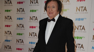 Sir Ken Dodd hospitalised