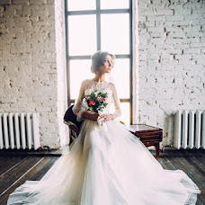 Wedding photographer Marina Guselnikova (Marizi). Photo of 28.03.2017