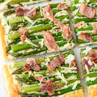 Easy Asparagus Tart with Puff Pastry.