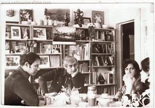 Photo: Виктор Кондырев, Виктор и Галина Некрасовы, в гостиной в квартире на ул. рю Лабрюйер, Париж, апрель 1976