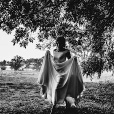 Wedding photographer Viktoriya Kapaeva (vikos26). Photo of 05.12.2017