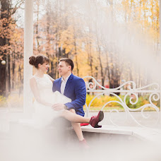 Wedding photographer Viktoriya Bolotova (poosa). Photo of 19.10.2014