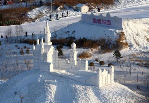 снежная скульптура_11