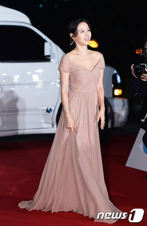 sonyejin gown 14