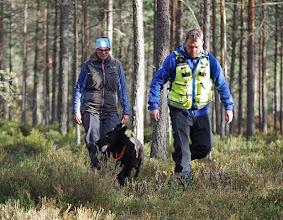 Photo: Vilma har funnet Thomas i skogen.