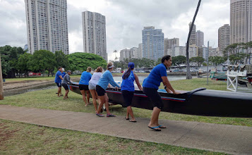 Photo: Honolulu competitors getting ready for big event.