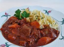 Easy Hungarian Goulash Recipe