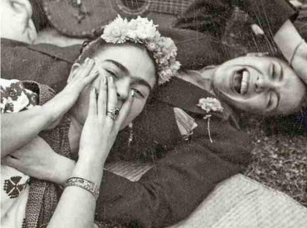 Tina Modotti con Frida Kahlo