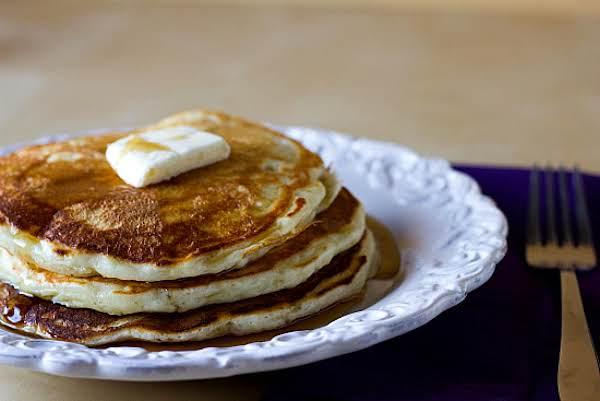 Amazing Buttermilk Pancakes Recipe