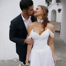 Wedding photographer Katerina Atroschenkova (KatyaMel). Photo of 18.10.2019