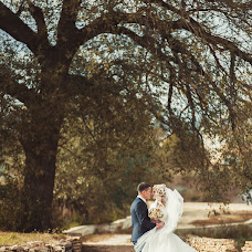 Wedding photographer Aleksandr Astakhov (emillcroff). Photo of 10.10.2015