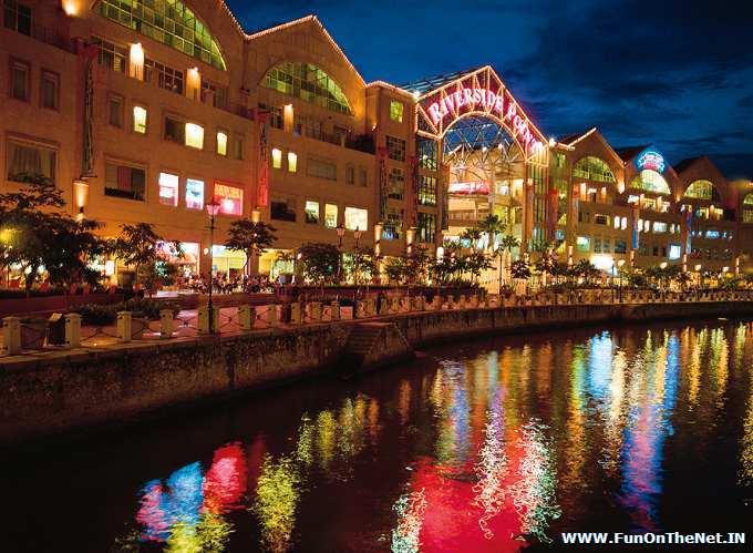 Photo: Singapore-nightshows