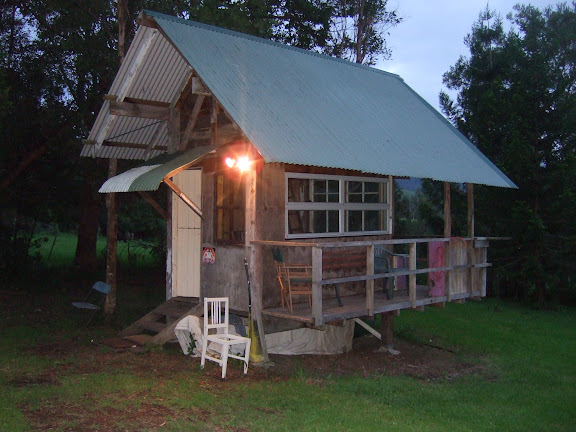 Habitats alternatifs, cabanes et huttes - Page 2 DSCF0950