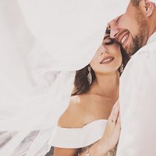 Wedding photographer Aleksandr Bogomazov (AlexanderSimf777). Photo of 09.08.2017
