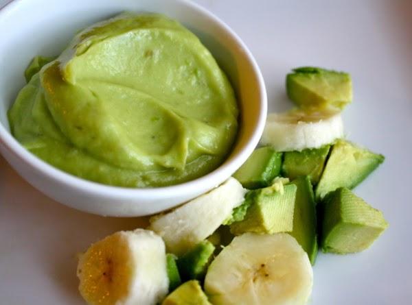 Avocado & Banana Babyfood Recipe