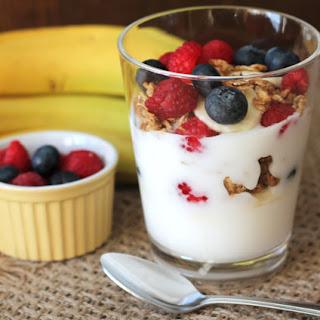 Banana Berry Granola Yogurt Parfait Recipe