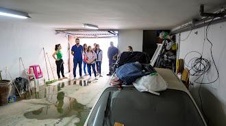 Visita a un garaje afectado por las inundaciones que se produjeron la madrugada del pasado viernes