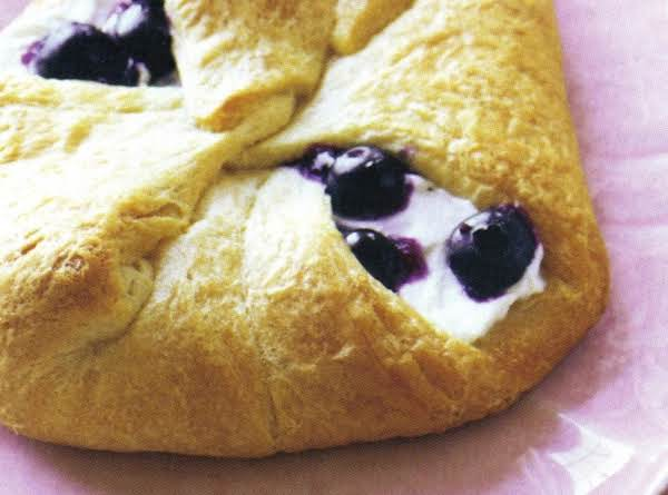 Blueberry-cheese Rolls Recipe