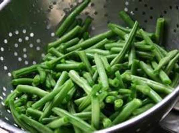 Green Beans & Garlic Red Wine By Freda Recipe