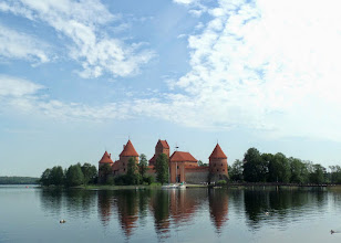 Photo: Situated on Lake Galve, the castle was built in the 15th century to fight off the crusading German–Prussian Teutonic Knights.