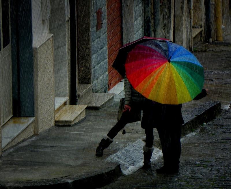 La pioggia che ci bagna... di mariateresacupani