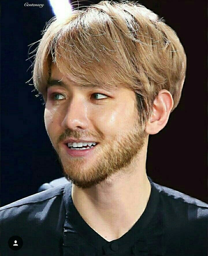 exo-baekhyun-facial-hair