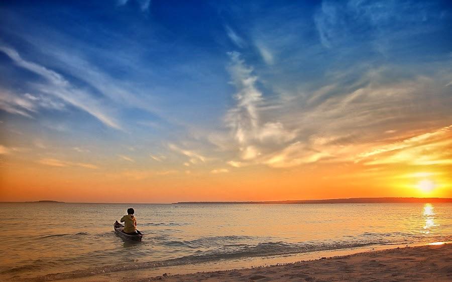 nirwana beach by La Yudith - Landscapes Travel