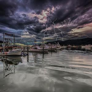 170106 - 170106 - IMG_0040aa lightning.jpg
