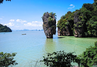 James Bond Island Sightseeing Tour by Longtail Boat from Krabi