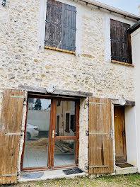 maison à D'Huison-Longueville (91)