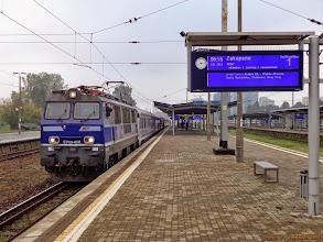 """Photo: EP09-008, EIC """"Tatry"""" Warszawa Wschodnia - Zakopane {Warszawa Zachodnia; 2013-09-28}"""