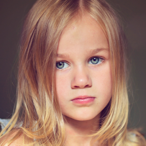 Alaina 2 by Tiona Anglin Appel - Babies & Children Child Portraits ( child, girl, indoor, color, portrait, eyes )