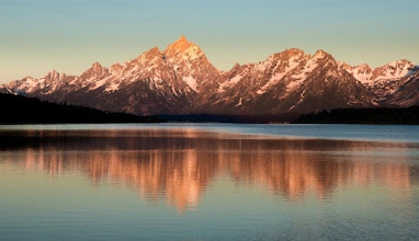 Photo: Getting ready to walk to work today... can't wait for the subways to get up and running again!  #Jacksonwyoming