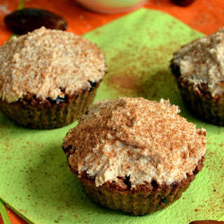 Flourless and Sugar-Free Carrot Cake Muffins [Vegan].