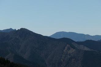 右から弥山・大天井ヶ岳・大日山・稲村ヶ岳など