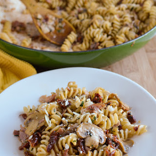 Bacon, Mushroom and Sun-Dried Tomato Pasta.