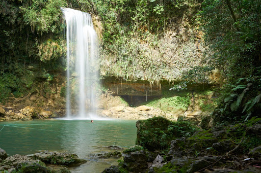 DR-Waterfall.jpg - Cool down in the Dominican Republic.
