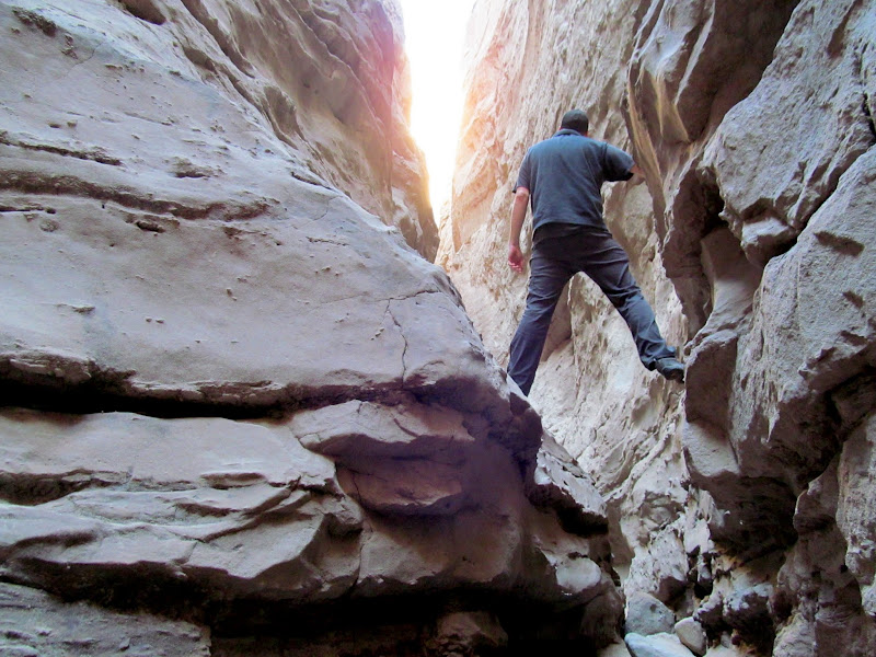 Photo: Chris stemming high