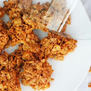 Bocaditos de Corn Flakes y Leche Condensada (Corn Flake Clusters).