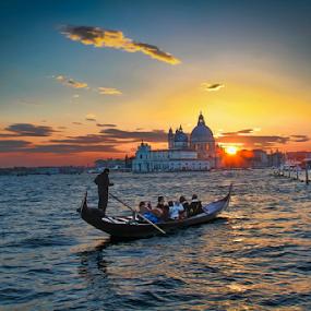 Venice by Dominic Jacob - Landscapes Waterscapes ( water, dogana, italie, venezia, salute, gondola, italia, sunset, venice, giudecca, venise, punta, italy,  )